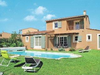 3 bedroom Villa in Saint-Saturnin-les-Apt, Provence-Alpes-Cote d'Azur, France :