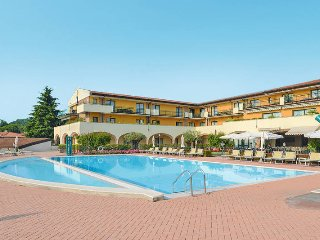 1 bedroom Apartment in Padenghe sul Garda, Lombardy, Italy : ref 5438577