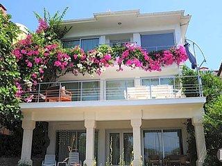 5 bedroom Villa in Fethiye, Muğla, Turkey : ref 5433149