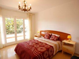 4 bedroom Villa in Cambrils, Catalonia, Spain : ref 5423008