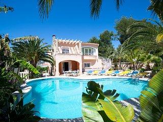 5 bedroom Villa in Calpe, Valencia, Spain : ref 5387743