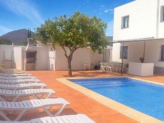 Colonia de Sant Jordi Villa Sleeps 12 with Air Con and WiFi - 5334809