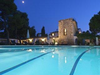 11 bedroom Villa in Sant Pere de Ribes, Catalonia, Spain : ref 5251825
