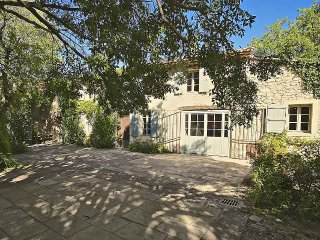 3 bedroom Villa in Gordes, Provence-Alpes-Côte d'Azur, France : ref 5247292