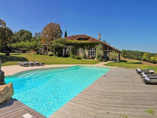 6 bedroom Villa in Saint-Antonin-Noble-Val, Occitania, France : ref 5247241