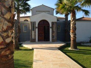 5 bedroom Villa in Magalas, Occitania, France : ref 5247224