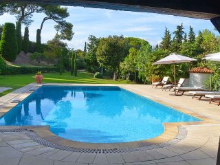 5 bedroom Villa in Antibes, Provence-Alpes-Cote d'Azur, France : ref 5247119