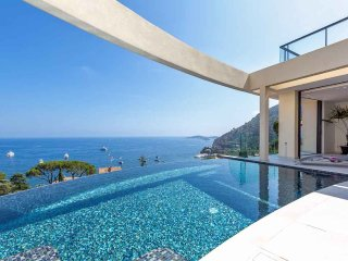 5 bedroom Villa in Eze, Provence-Alpes-Cote d'Azur, France : ref 5247118