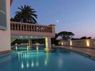 6 bedroom Villa in Villefranche-sur-Mer, Provence-Alpes-Cote d'Azur, France : re