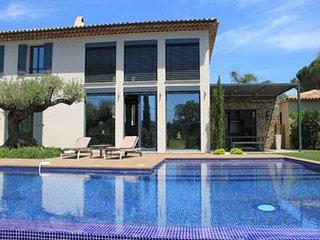 3 bedroom Villa in Grimaud, Provence-Alpes-Cote d'Azur, France : ref 5247100