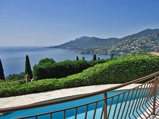 5 bedroom Villa in Theoule-sur-Mer, Provence-Alpes-Cote d'Azur, France : ref 524