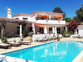 7 bedroom Villa in Praia do Carvoeiro, Faro, Portugal : ref 5238944