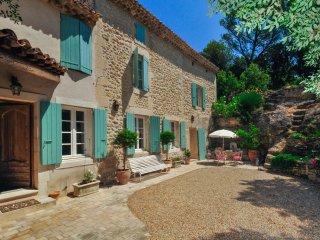4 bedroom Villa in Saint-Restitut, Provence-Alpes-Cote d'Azur, France : ref