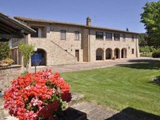5 bedroom Villa in Perugia, Umbria, Italy : ref 5218439