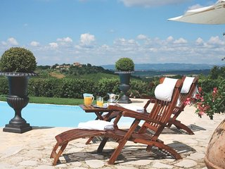 16 bedroom Villa in Colle di Val d'Elsa, Tuscany, Italy : ref 5218330