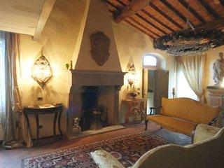 2 bedroom Villa in Figline Valdarno, Tuscany, Italy : ref 5218211