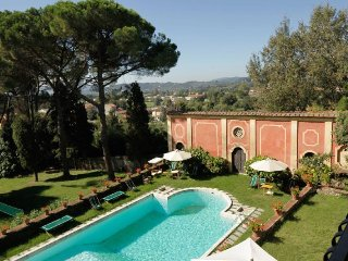 7 bedroom Villa in Lucca, Tuscany, Italy : ref 5218196