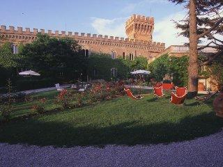 10 bedroom Villa in Campiglia Marittima, Tuscany, Italy : ref 5218179