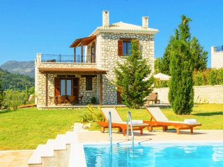 2 bedroom Villa in Apolpaina, Ionian Islands, Greece - 5218005