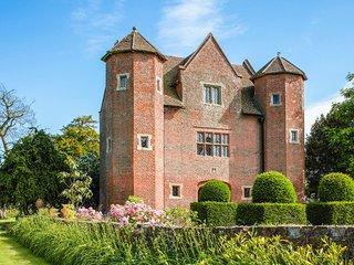 2 bedroom Villa in Chetton, England, United Kingdom : ref 5217580