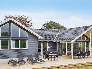 7 bedroom Villa in Vejby, Capital Region, Denmark : ref 5177567