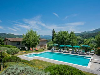 7 bedroom Villa in Vicchio, Tuscany, Italy : ref 5055946