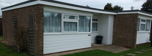BlueBird Chalets - Eric- Scratby, Great Yarmouth.