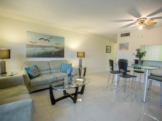 Beside Cocoa Beach Pier!!   Beautiful, Remodeled Condo!!!
