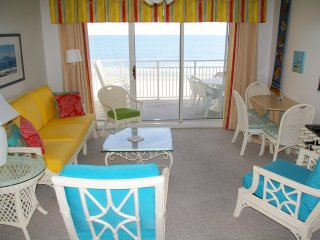 Speculator Oceanfront Condo in Exclusive West End!