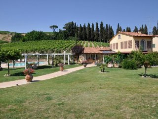 4 bedroom Villa in Cerreto Guidi, Tuscany, Italy : ref 5218363
