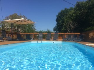 Cottage near Sarlat & Lascaux with heated Pool.
