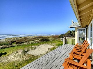 3 Master Bedrooms and oceanfront views from this beautiful home!