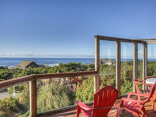 Enjoy 2 Master Suites in this beautiful oceanfront home!