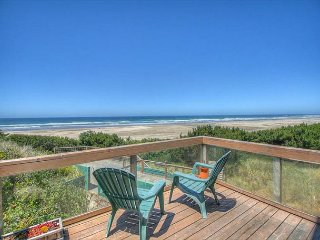 Spectacular views from this romantic home perfect for getaways!