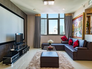 Luxury 2BRS-4BEDS CINEMA ROOM In Ben Thanh TowerD1