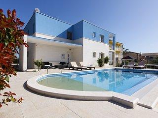 Modern family villa Mermaid with heated pool , Split Riviera