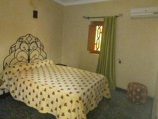 Chambres d hôtes à louer dans riad la porte  des 5 jardins plein centre médina