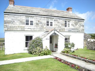 The Old Farmhouse, sea views, large garden and 200 yards from coastal path.