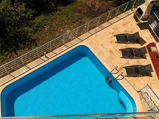 5 bedroom Villa in Veliko Brdo, Splitsko-Dalmatinska Zupanija, Croatia : ref 550