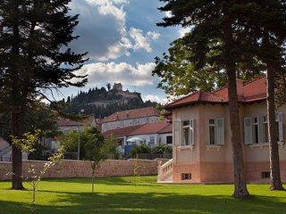 4 bedroom Villa in Sinj, Splitsko-Dalmatinska Županija, Croatia : ref 5506343