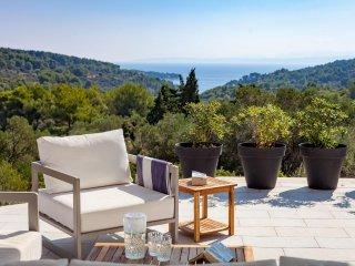 4 bedroom Villa in Selca, Splitsko-Dalmatinska Zupanija, Croatia : ref 5506334