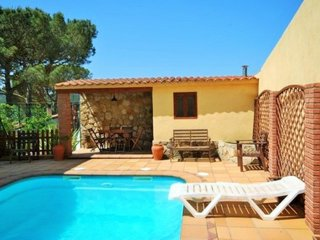 4 bedroom Villa in Caules, Catalonia, Spain : ref 5506280