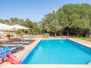 5 bedroom Villa in Sant Llorenc des Cardassar, Balearic Islands, Spain : ref 550