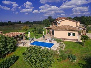 5 bedroom Villa in Kirmenjak, Istria, Croatia : ref 5505188