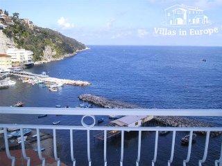 1 bedroom Apartment in Sorrento, Campania, Italy : ref 5484721