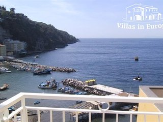 2 bedroom Apartment in Sorrento, Campania, Italy : ref 5484705