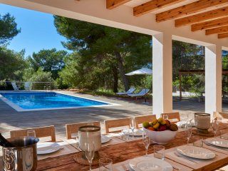 Modern Villa pool great location near Cala Jondal