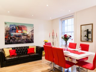 WestEnd 3bed/2bath COVENT GARDEN Holborn, LuxDesign, Clean, Safe, SPECIAL OFFER!