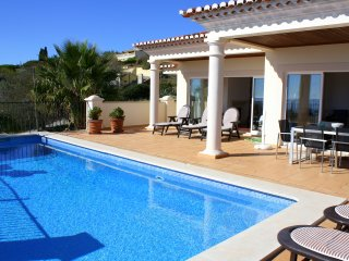 Villa Bonita. A Beautiful house with special sea views.