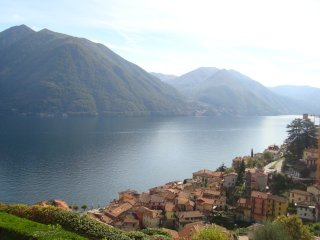Cottage with a view  peaceful position 5 minutes walk from lake front of Argegno